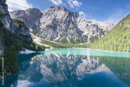 Foto op Aluminium Nachtblauw pragser wild lake