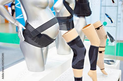 Female compression bandages Fototapete
