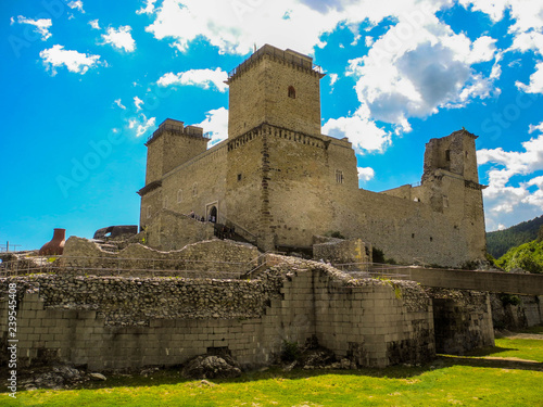 Foto  The Fortress Diosgior.