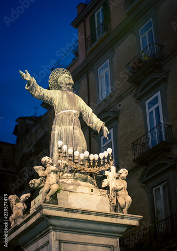 Photo Stands Monument religious statue naples italy