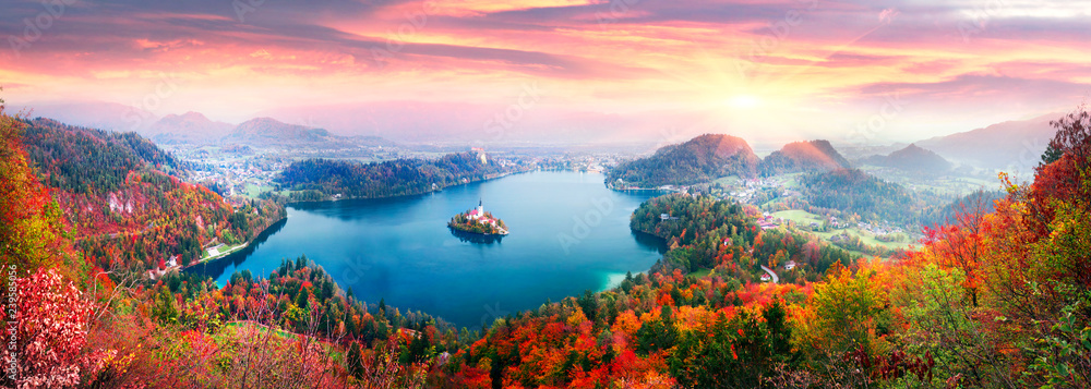 Fototapeta Morning on Lake Bled