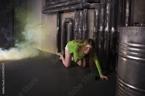 Girl suffocating from poisonous smoke Canvas-taulu