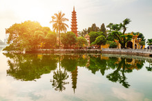 Tran Quoc Pagoda In The Mornin...