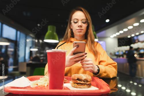 Girlss useing food — pic 11