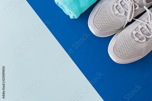 Fototapeta Flat lay sport shoes obraz na płótnie