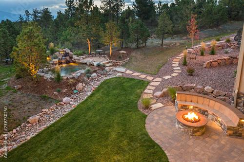 Photo Amazing Backyard Fire Pit