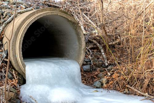 Fotografia, Obraz  Looking into a frozen culvert
