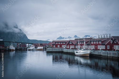 Tuinposter Poort Harbour of the Lofoten village harbour on the rainy day