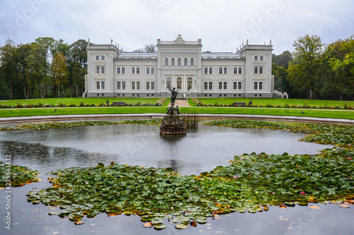 Foto  Manor house, palace with park of Duke Oginskis in Plunge, Lithuania