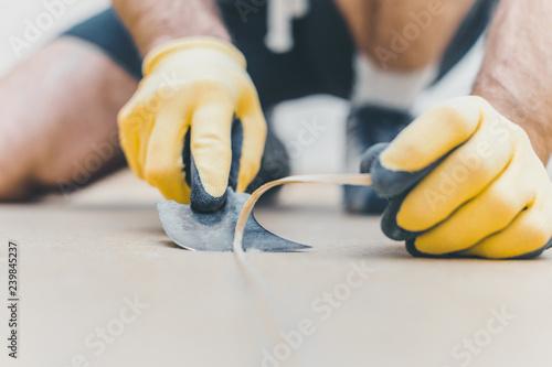 Fotografía  How to heat welding vinyl floor with heat gun - Quarter moon spatula trimming kn