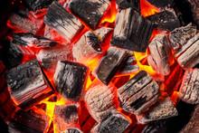 真っ赤に燃える炭 Red Burning Charcoal