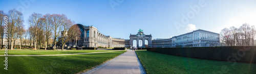 Foto op Aluminium Brussel triumphal arch and jubelpark brussels belgium high definition panorama