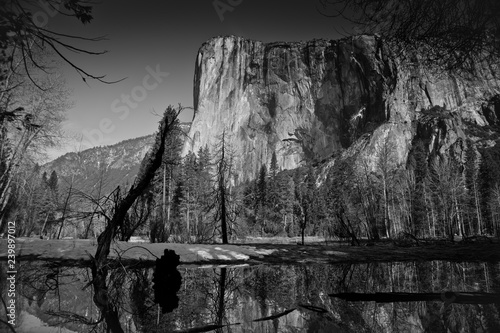 Photo  El Capitain in Yosemite National Park, California, USA