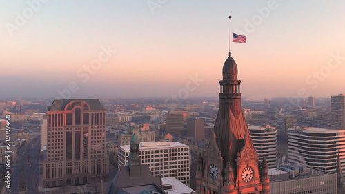 Foto op Aluminium Amerikaanse Plekken Aerial view of american city at dawn. Downtown Milwaukee, Wisconsin, United States. Drone shots, sunrise. Flag of the United States
