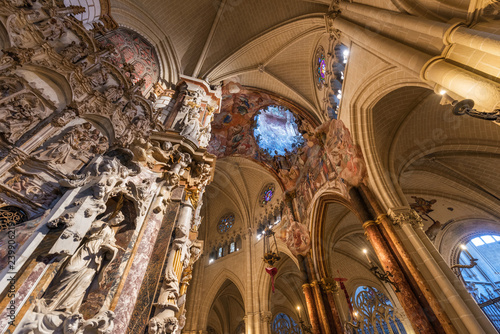 Photo Interior of Primate Cathedral of Saint Mary of Toledo