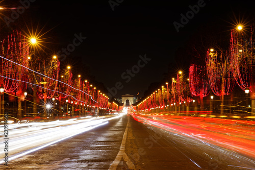 Christmas Lights In Paris.Paris France December 13 2018 Champs Elysees With