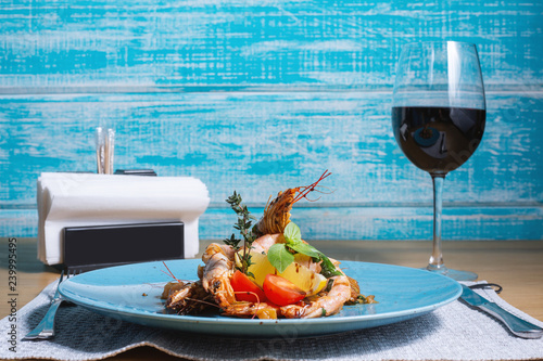 royal shrimp and wine