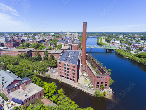 Photo Lowell historic downtown, Marrimack River and Mills aerial view in Lowell, Massachusetts, USA