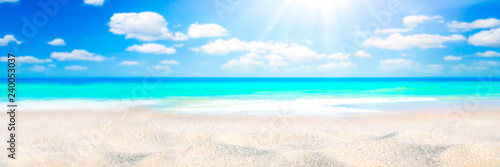 Fotografie, Obraz Sandy Seashore With Tropical Water, Clouds And Sunshine Background