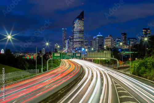 Spoed Fotobehang Nacht snelweg night scene of brisbane with traffic trails
