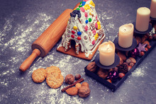 Christmas Decoration With Lebkuchen- House