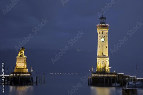 Foto op Canvas Poort Lindau Bodensee Hafeneinfahrt Loewe Turm