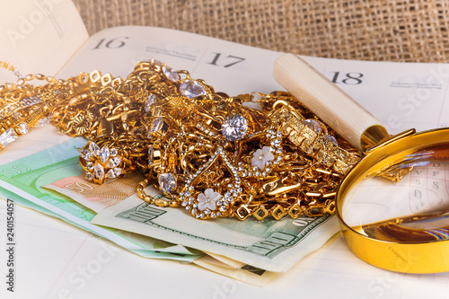 gold jewelry and jewelry with the money of different