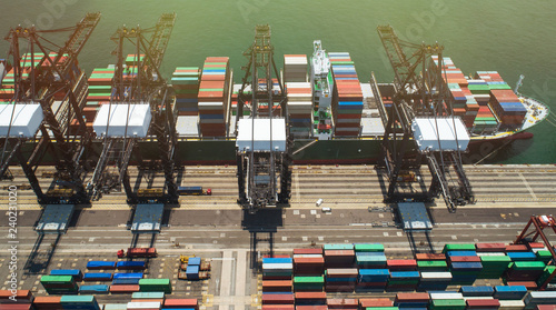 Foto  Aerial footage commercial logistics industry