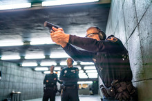 Police Training In Shooting Ga...