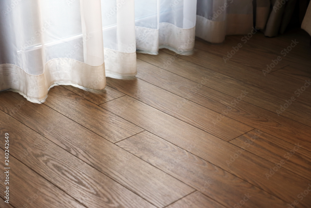 parquet floor in the room - obrazy, fototapety, plakaty