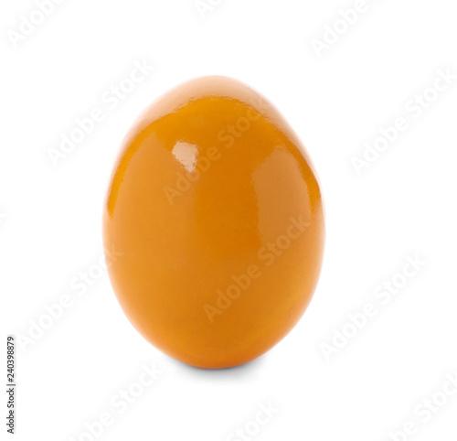 In de dag Bol Dyed Easter egg on white background. Festive tradition