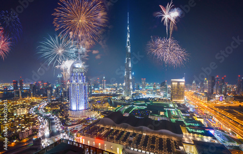 Papiers peints Dubai Fireworks display at town square of Dubai downtown