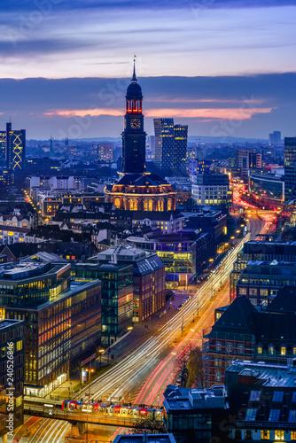 Fototapeta Aerial view of downtown Hamburg, Germany, at dusk. obraz na płótnie