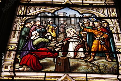Carta da parati Bernadette Soubirou, vitrail de l'église Saint Seine à Corbigny, Bourgogne