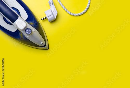Stampa su Tela Blue iron equipment on a yellow background