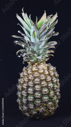Fototapety, obrazy: Delicious pineapple that looks great and that is very good.