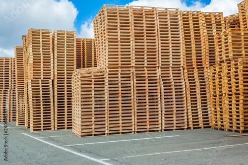 stockage de palettes en bois Fototapet