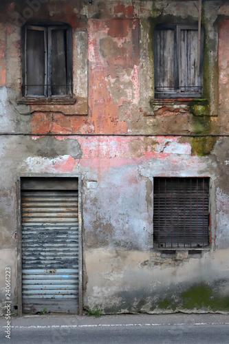 Fotografie, Obraz  vecchio palazzo diroccato