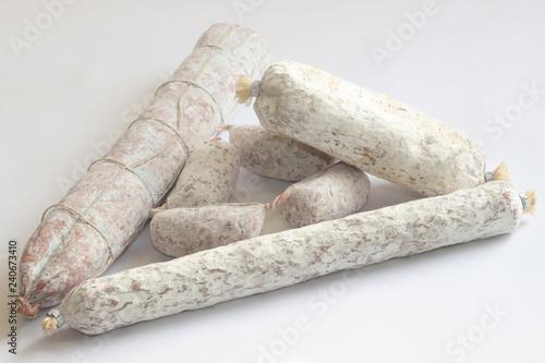 Fotografie, Obraz  salamini su sfondo bianco, salami on white background