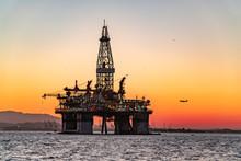 Oil Platform On The Guanabara  Bay