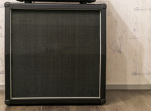Big Electric Guitar Amplifier ...