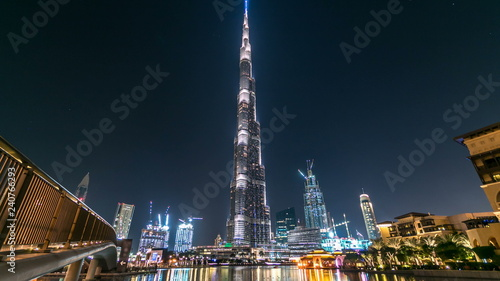 Fotomural Dubai downtown and Burj Khalifa timelapse in Dubai, UAE