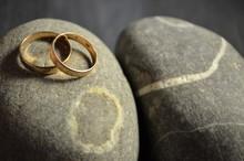 свадебные обручальные золотые кольца