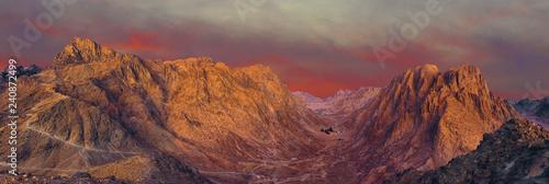 Photo  Amazing Sunrise at Sinai Mountain, Beautiful dawn in Egypt, Beautiful view from