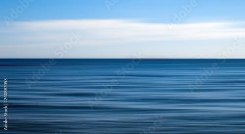 Foto op Aluminium Zee / Oceaan Clear open sea, motion blur