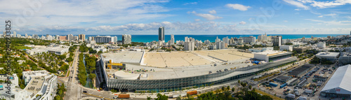 Fényképezés  Miami Beach Convention Center aerial drone panorama