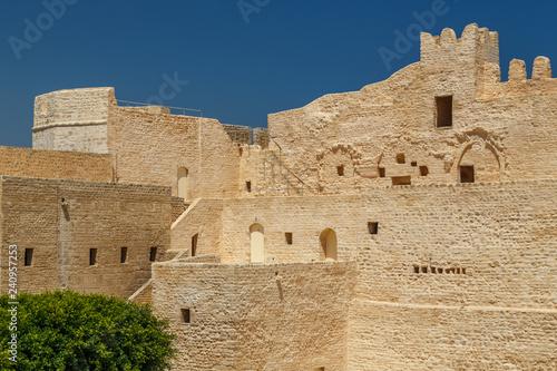 Vászonkép  MONASTIR / TUNISIA - JUNE 2015: Medieval Kasbah of Monastir city, Tunisia