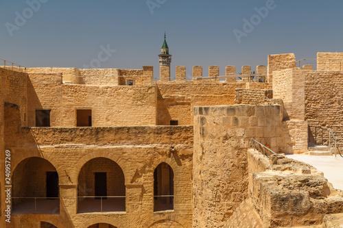 Fényképezés  MONASTIR / TUNISIA - JUNE 2015: Medieval Kasbah of Monastir city, Tunisia