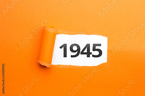 Fotografia  surprising Number / Year 1945 orange background