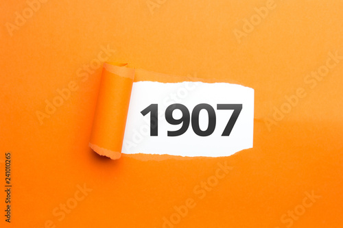 Photo  surprising Number / Year 1907 orange background